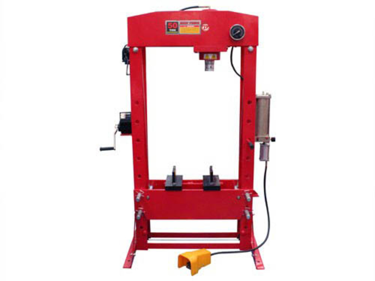 homunkoloss:hydraulic_press.jpg